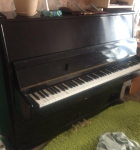Пианино, рабочее в отличном состоянии, торг.