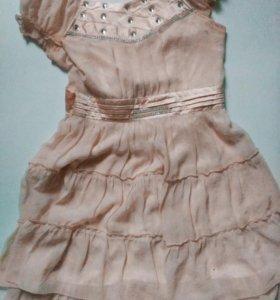 Лёгкое платье.