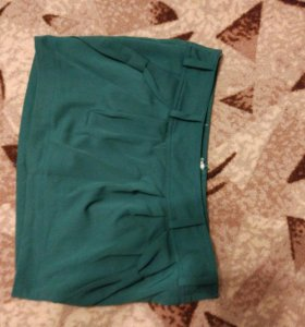 Юбка зелено - изумрудного цвета