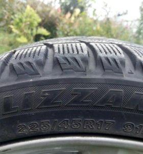 Шины R17 Bridgestone Blizzak 225/45 (липучка)