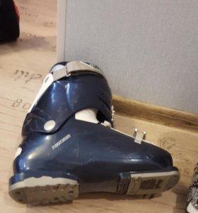 Ботинки для горных лыж на размер 41-42