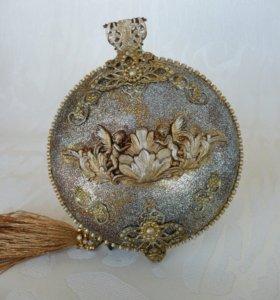Винтажные медальон на елку