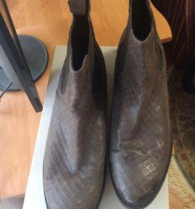 Ботинки 43р. осень нат.кожа КарлоПазолини
