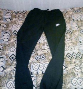 Nike спортивные штаны оригинальные