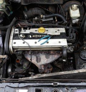 Двигатель опель c18xe