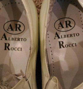 Мужские туфли Alberto Rossi.