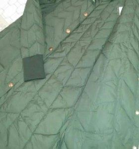 Новое легкое пальто цвета хаки