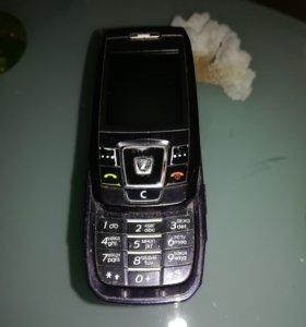 Продаю телефон самсунг Е 390