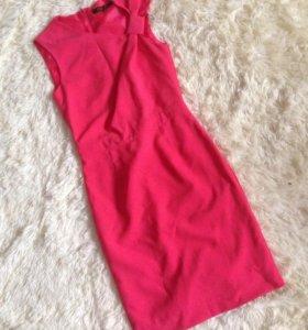 Платье розовое insity