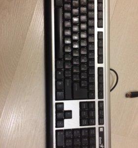 Клавиатура для компьютера в отличном состоянии