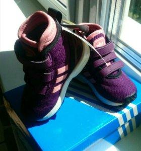 Кроссовки Adidas original новые