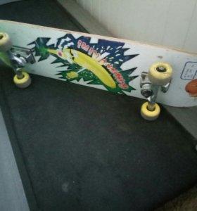 скейт re action