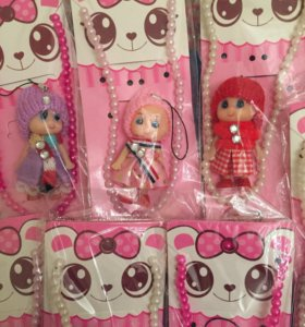Бусы с куклой