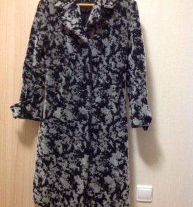 Пальто,шерсть ,размер 42-44