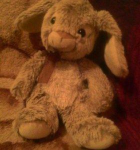 Заяц плюшивая игрушка