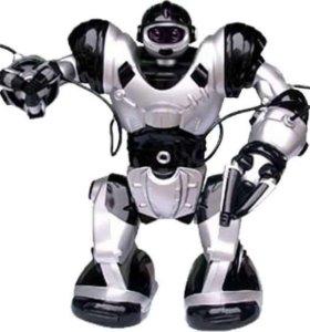 Робот робочеловек интерактивная игрушка