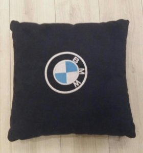 Автомобильная подушка BMW ( алькантара)