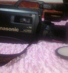 Профессиональная видео камера