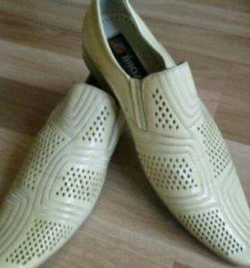 Мужские туфли б/у