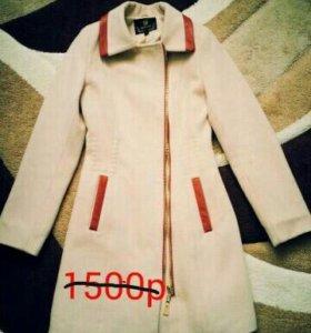 Продам вещи б/у (пальто)
