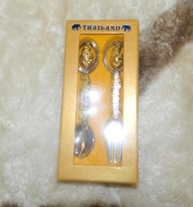 Ложка и вилка сувенирные из Тайланда