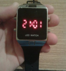 Часы Led Watch