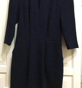 Платье с карманами , длинна 92см, одето пару раз !