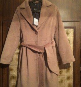 Пальто женское 42-44 размер
