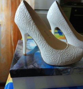 Свадебные туфли 37 размер
