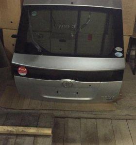 Дверь задняя без большого стекла Prius 20