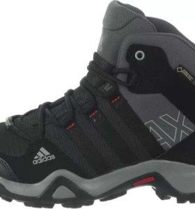 Кроссовки Adidas Gore Tex