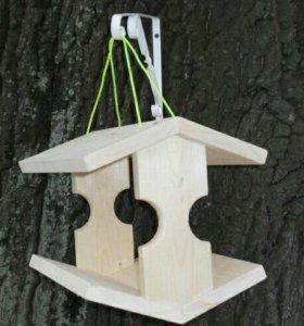 Кормушки для птиц неокрашенные