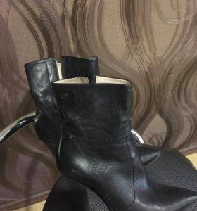 Продаю ботинки Fabi
