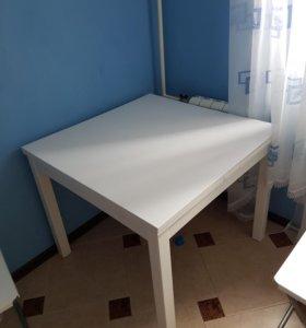 Обеденный стол IKEA