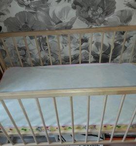 Новая детская кроватка с матрасом
