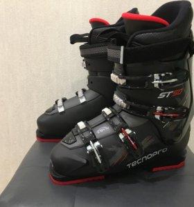 Новые горнолыжные ботинки