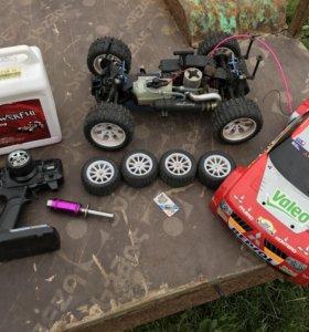 Машинка бензиновая 1/10 4WD