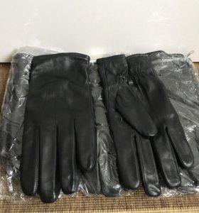 Новые мужские кожаные перчатки. Шерстяной подклад.