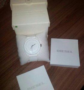 Часы Diesel, новые в упаковке