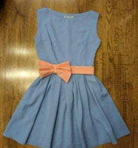 Небесно-голубое платье б/у 1 раз