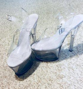Туфли Pleaser для танцев. Стрипы