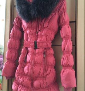 Утеплённое зимнее пальто
