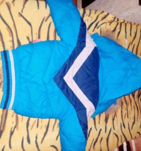 Куртка зимняя,на мальчика