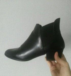 Ботинки женские Zara демисезон ботильоны