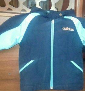 оригинальная курточка adidas на весну