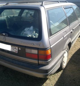 VW PASSAT 2,0 90 г. - запчасти.