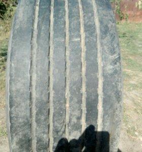 Шина прицеп 385\65,в сборе с литым диском