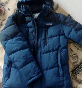 Продается зимняя куртка, практически новая