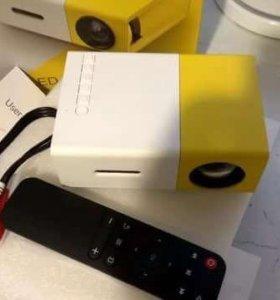Проектор Yg-300 новый