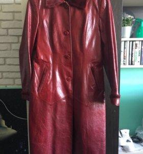 Осеннее кожаное пальто из натуральной кожи и меха
